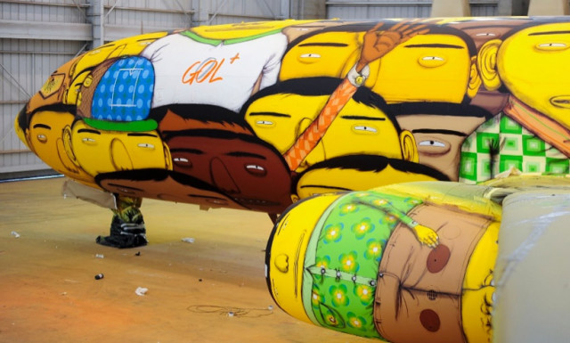 Os Gêmeos Covers Brazilian Soccer Team's Boeing 737 in Graffiti