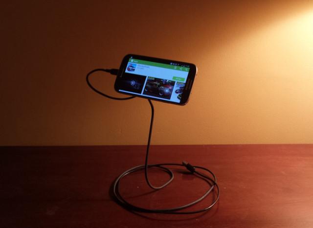 Magic Phone Stand