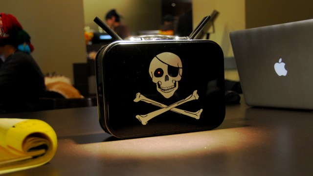 PirateBox, A DIY Device That Creates Offline Wireless Networks Featuring Message Boards and Media Sharing