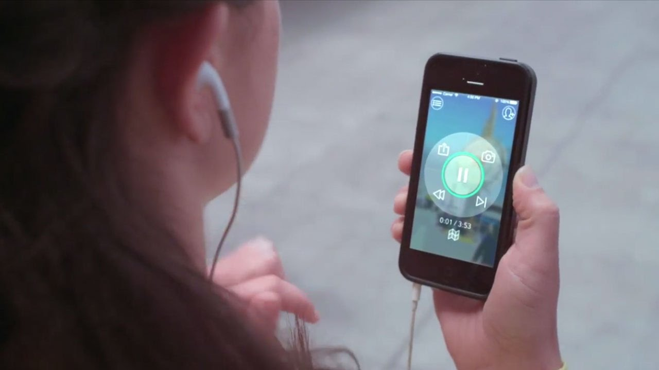 Detour, A Location-Aware App That Provides Guided Audio Tours