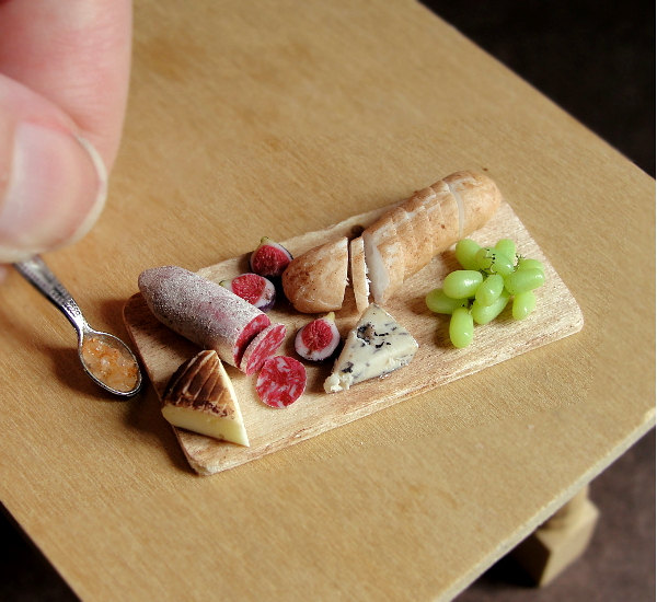 Remarkably Realistic Food Miniatures
