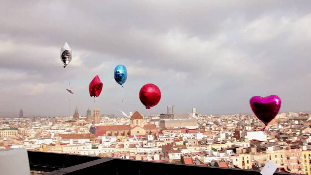 A Man's Parting Gift to Barcelona: 250 Balloons Carrying Theater Tickets
