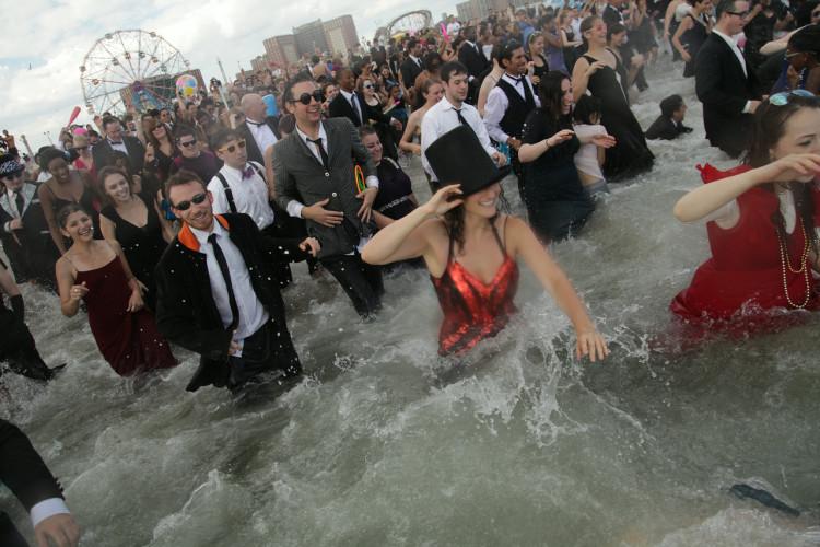 5th Annual Black Tie Beach Party