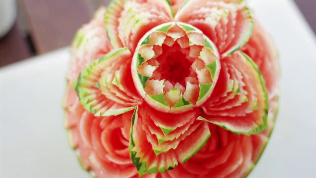 Watermelon skin carving