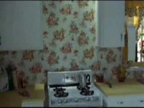 Zinc Oxide And You – The Kentucky Fried Movie (1977)