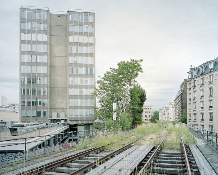 Wonderfully Eerie Photos of an Abandoned Railway in Paris