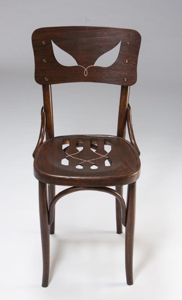 The Pet Chair by Yaara Dekel