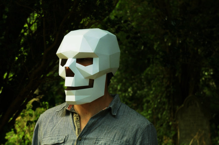 Polygonal Skull Mask by Steve Wintercroft
