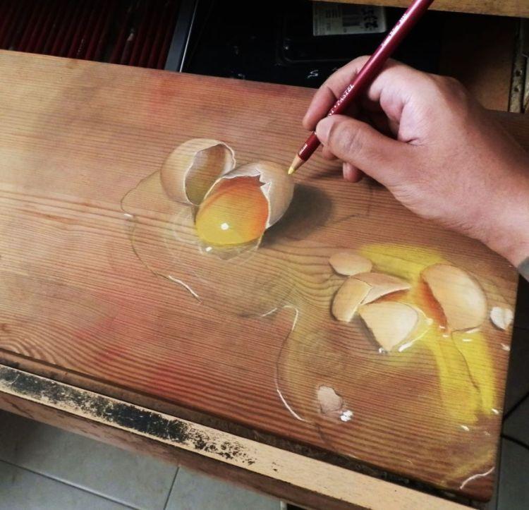 Anamorphic Drawings on Wood by Ivan Hoo