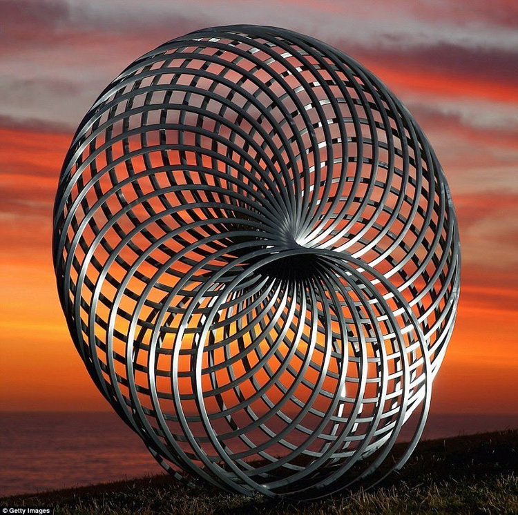 2014 Sculpture by the Sea Outdoor Exhibition in Australia