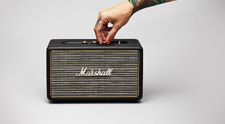 The Acton, A Small Bluetooth Speaker That Looks Like a Vintage Marshall Guitar Amplifier