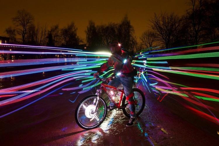 Ghost Peloton LED Illuminated Performance