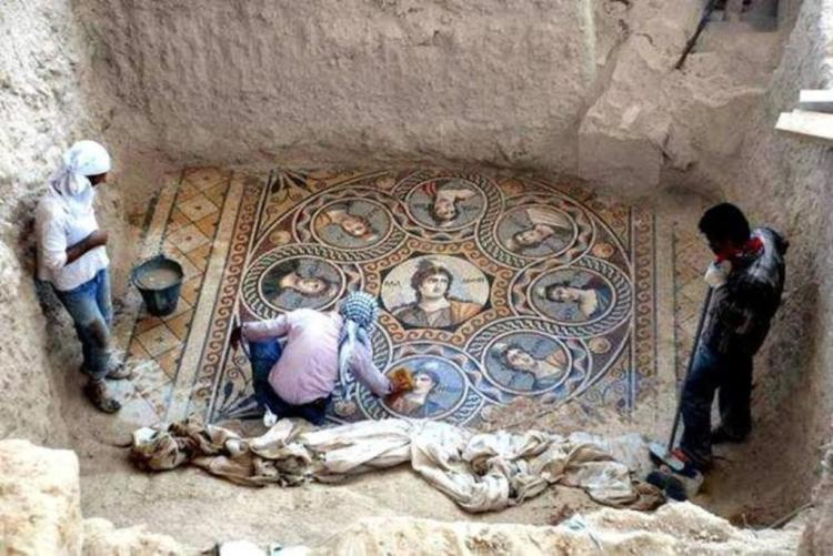 Archaeologists Unearth Three Ancient Greek Mosaics in the Ongoing Excavation in Zeugma, Turkey
