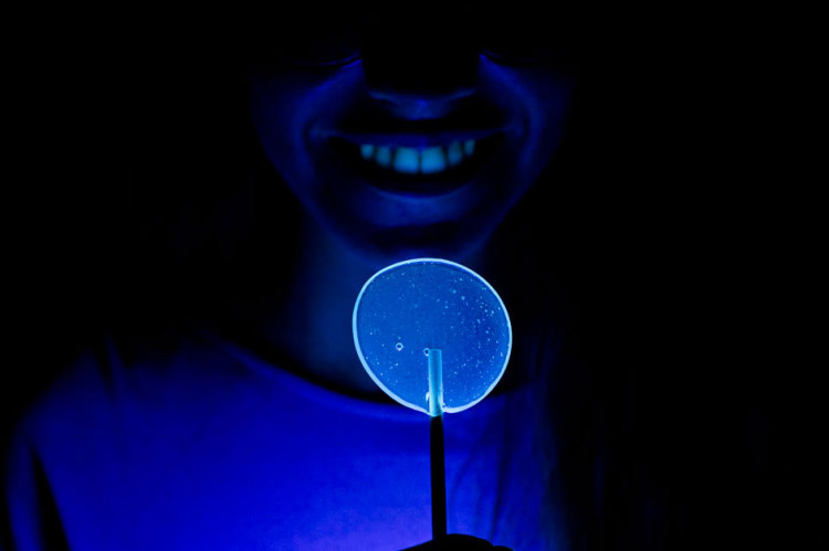 01-piruletas-fluorescentes-SLIDE