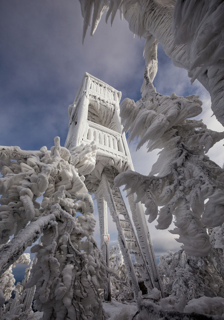Stunning Photos of an Ice-Encased Ski Resort in Slovenia
