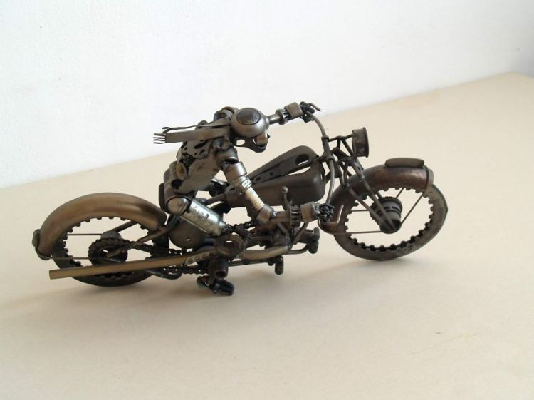 Perfect Metal Sculptures Made of Car and Motorcycle Parts by Tomas Vitanovsky