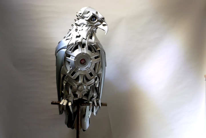 Metallic Animal Sculptures by Ptolemy Elrington