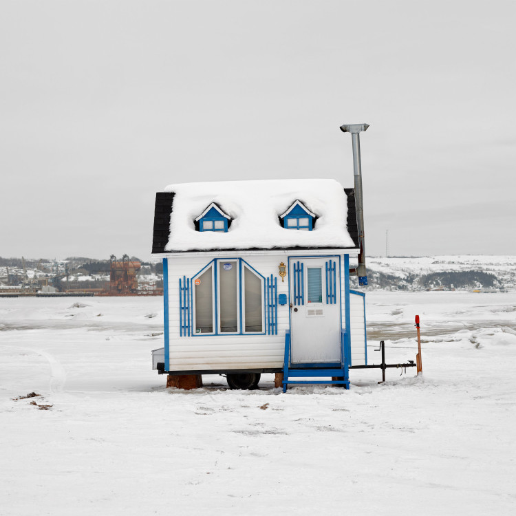 photographer documents the diverse designs of canadian ice