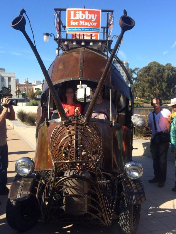 Oakland, California's New Mayor Libby Schaaf Rides Snail Art Car To Her Inauguration