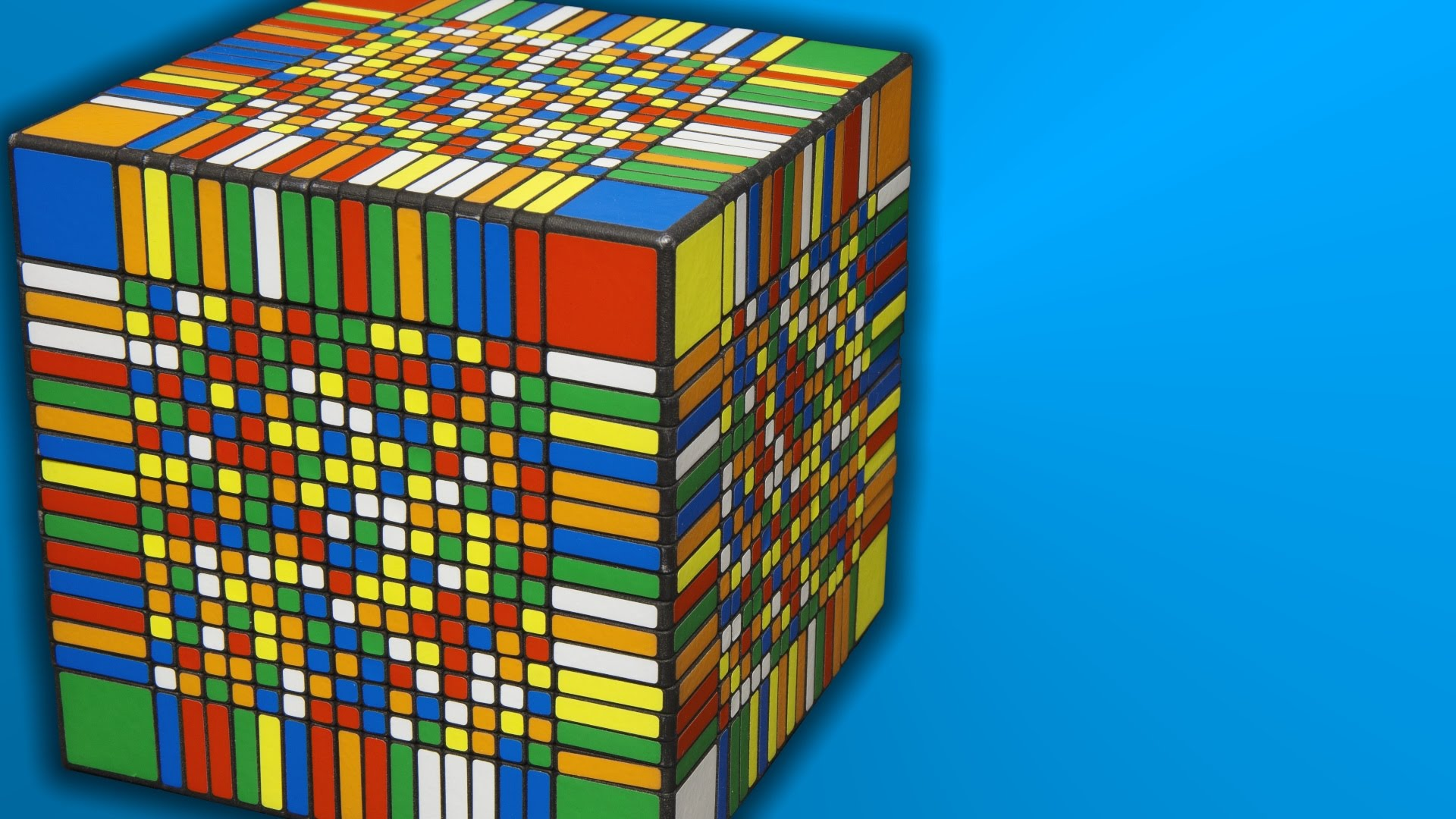 Time Lapse Video Of The World S Largest Rubik S Cube Style