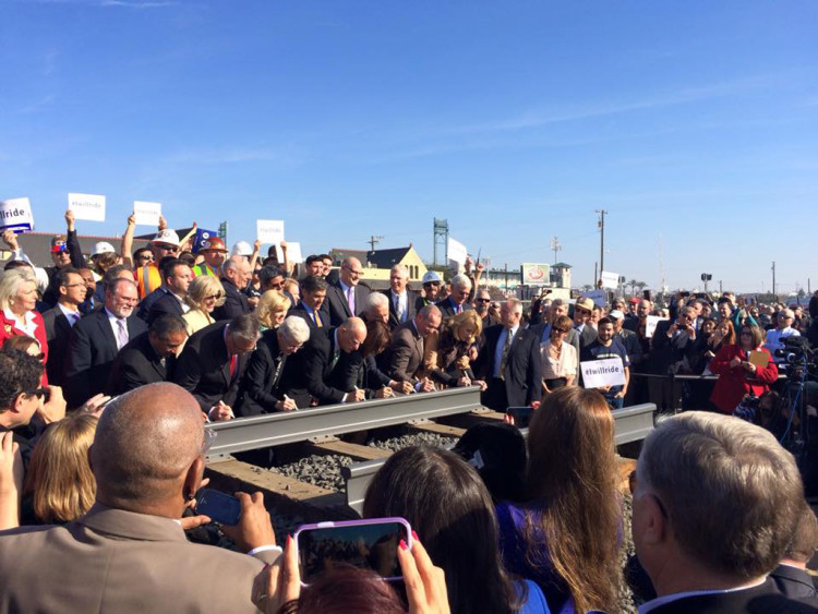 California Begins Construction of High Speed Rail