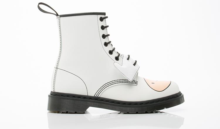 Dr.-Martens-X-Adventure-Time-shoes-Finn-Boot-Mens-(White)-010804
