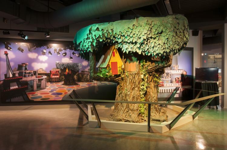 Mister Rogers' Great Oak Tree