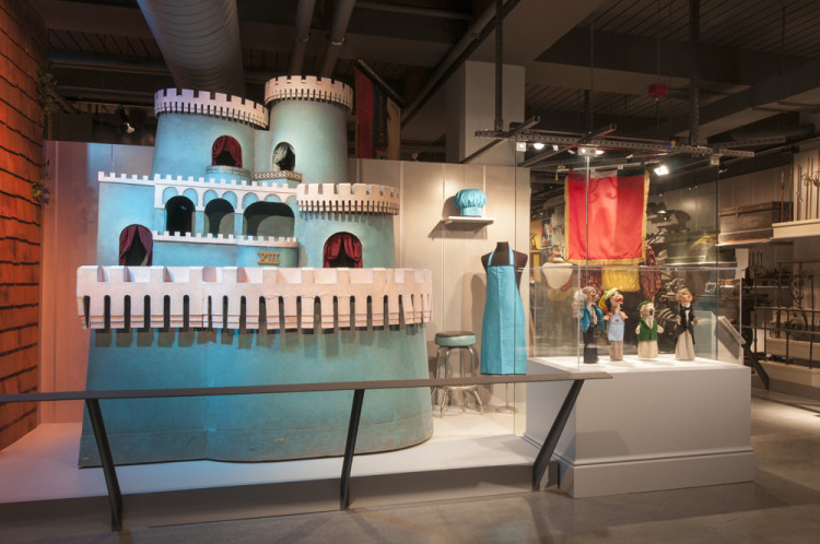 Mister Rogers' King Friday XIII's Castle