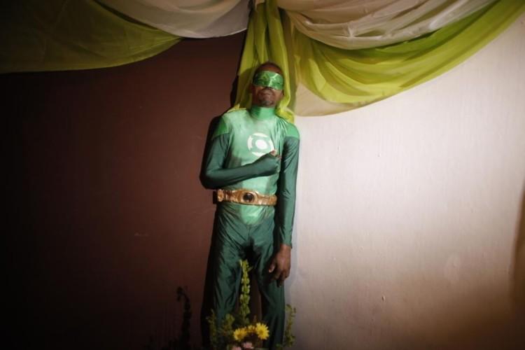 Standing Wake Green Lantern