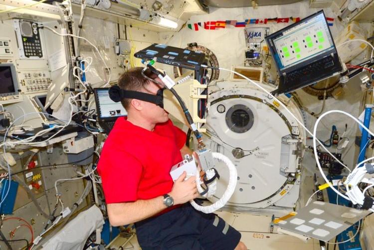 Terry W Virts Laptop VR