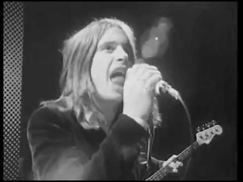 'A Flock of Sabbath', Black Sabbath's 'Paranoid' Remixed With 'I Ran (So Far Away)' by A Flock of Seagulls