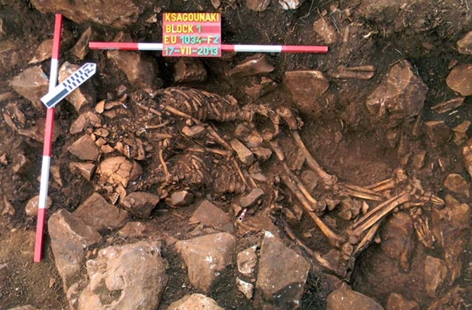 Double Burial Couple in Greece