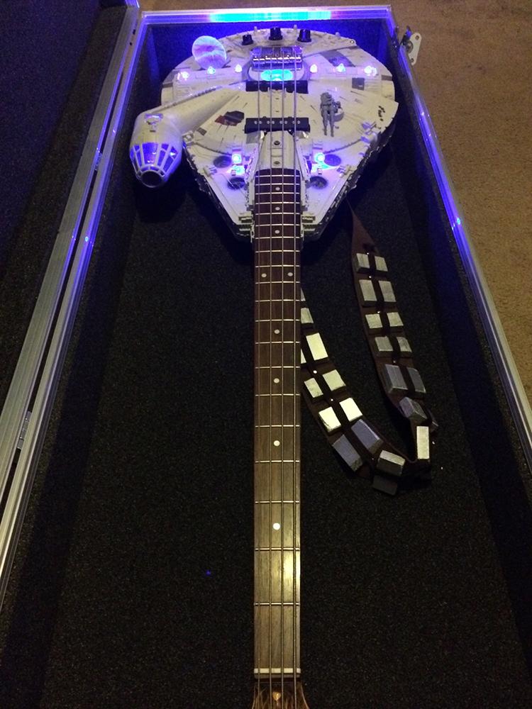 Custom Flight Case (for Han Solo or Rebel Bass guitars)