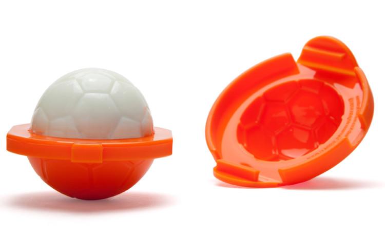sport huevos soccer ball