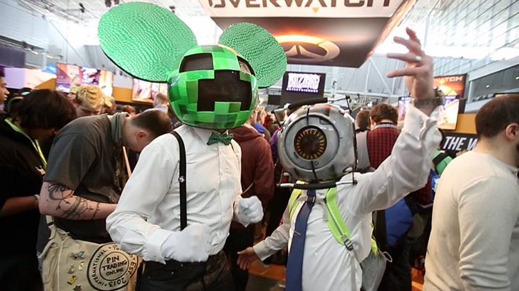 PAX East 2015 Cosplay and Games