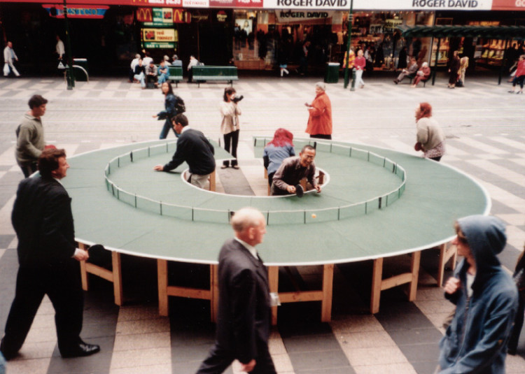 Ping Pong Go Round A Completely Round Table Tennis Court