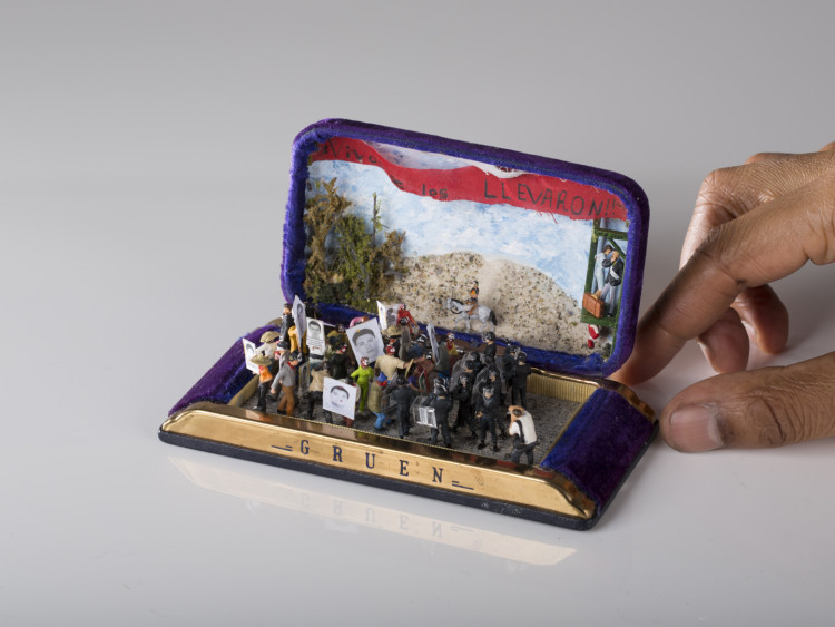 Dioramas in Jewelry Boxes by TALWST