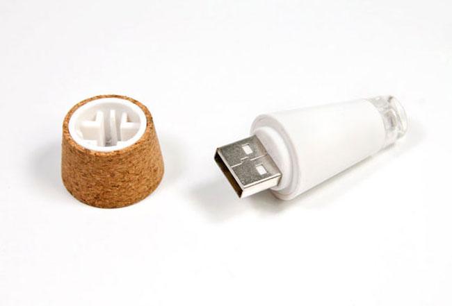 Rechargable Bottle Light