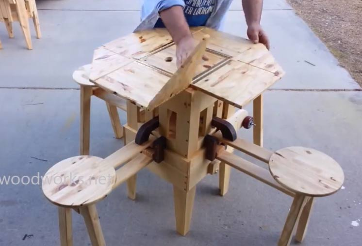 A Clever Portable Wooden Picnic Table That Unfolds In Seconds
