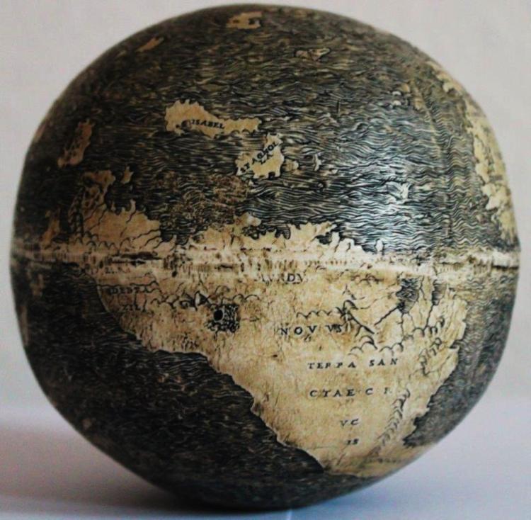 Ostrich egg globe