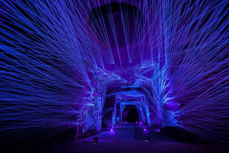 Breathtaking Glowing String Installations by Julien Salaud