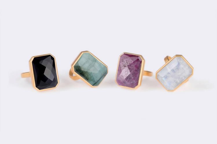 4 Ringly Rings