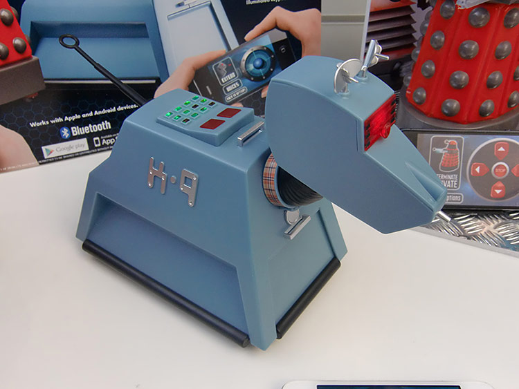 Magnificent A Desktop Doctor Who K 9 That Can Be Controlled By A Interior Design Ideas Gentotryabchikinfo