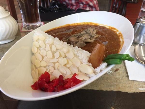 Rice dam and curry