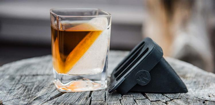 Whiskey Wedge A Slanted Silicone Mold That Freezes Water