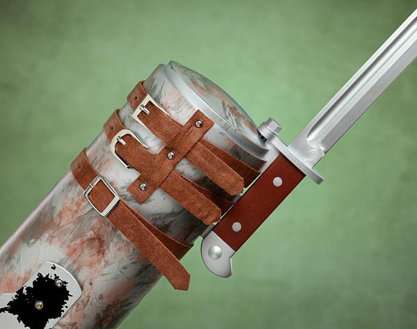 Merle Knife Hand