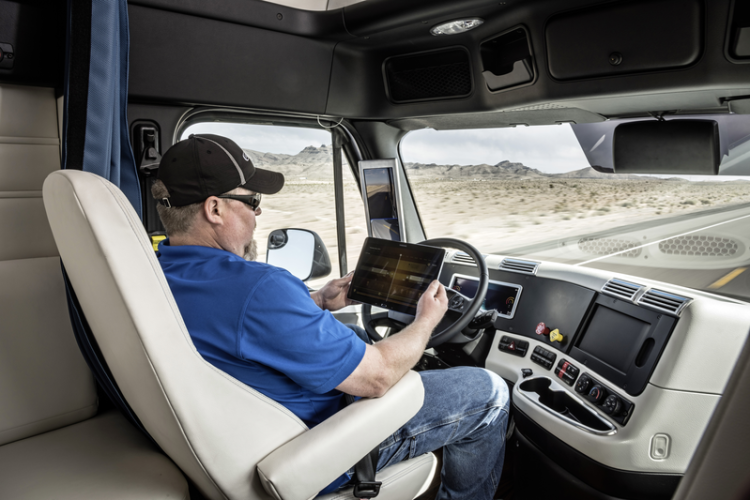 First Self-Driving Big Rig Truck
