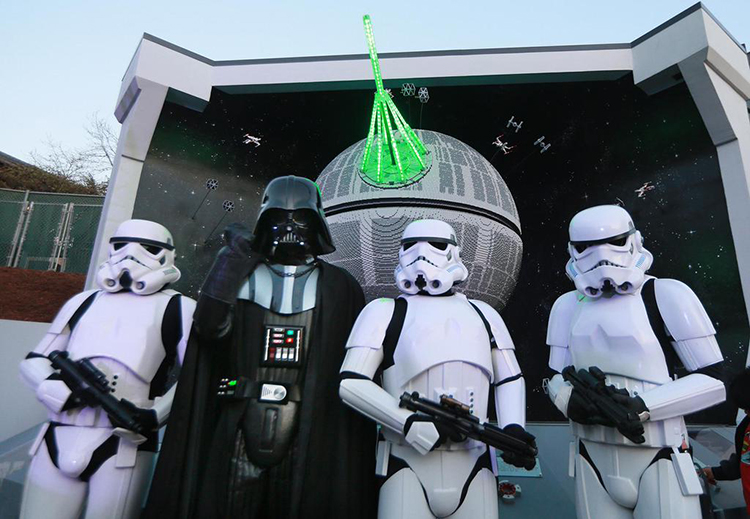 LEGOLAND California Installs a Giant Model of a 'Star Wars' Death Star Made Up of 500,000 LEGO Bricks