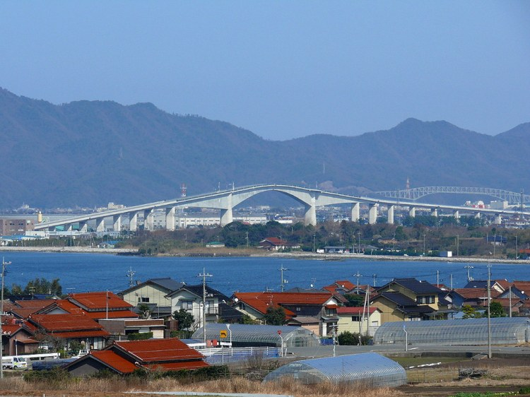 Sakaiminato Japan  City pictures : Eshima Ohashi Bridge, A Tall Bridge in Western Japan That Resembles a ...