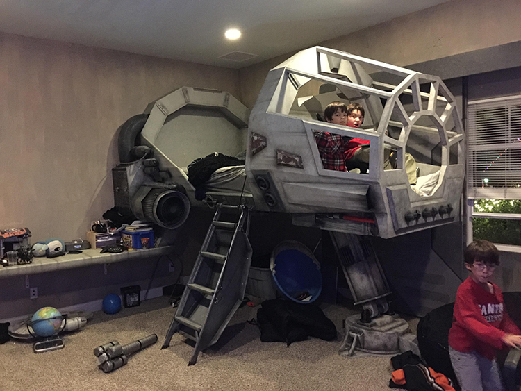 Lovely ... And Designer Edward McGowan Of PlainJoe Studios Recently Shared A Photo  That He Took Of An Amazing Star Wars Themed Bedroom That His Brother, ...